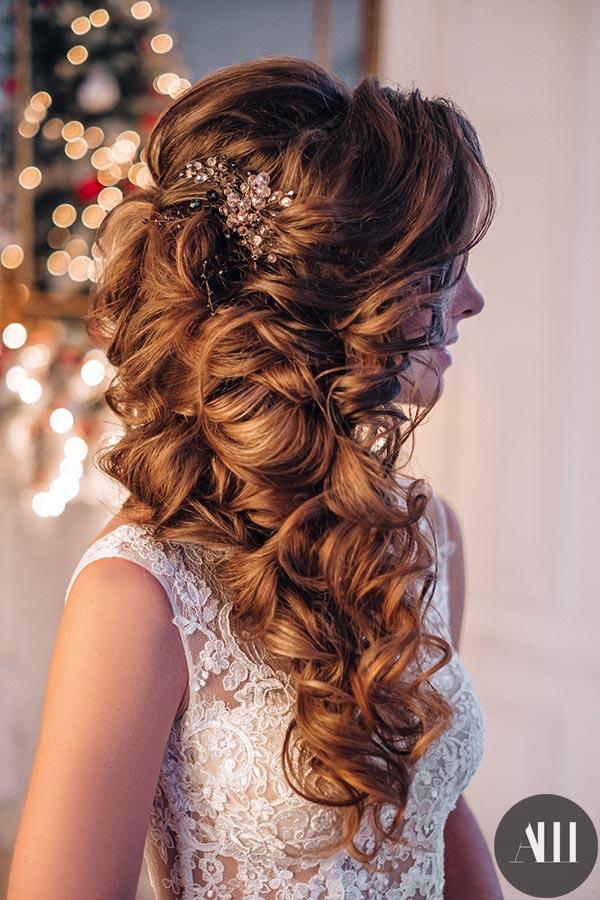 грациозное красивое греческая коса прическа фото лишь